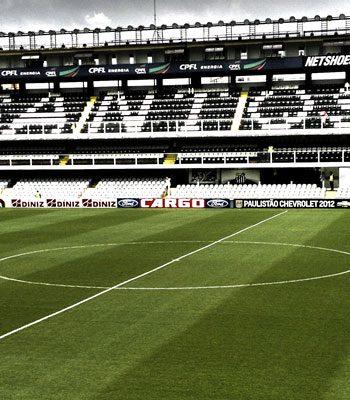 https://www.regatec.com.br/wp-content/uploads/2018/10/campos_de_futebol_foto2-350x400.jpg
